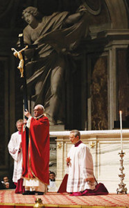 Pope Francis venerates the crucifix during  the Lord's Passion on Good Friday in St. Peter's Basilica on March 29 (Galazka photo).