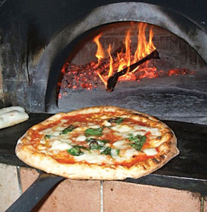 """A typical """"Neapolitan"""" pizza."""
