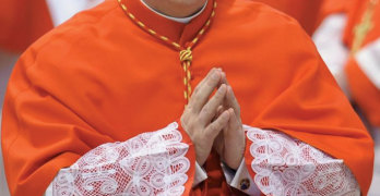 Cardinal Giuseppe Versaldi at the February 14 consistory and, below, on the same occasion, Francis and Benedict XVI