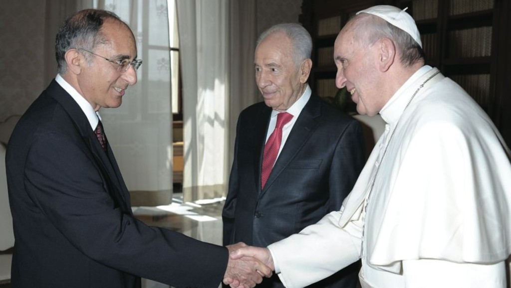 Pope Francis with Israel's president, Shimon Perez, greets Zion Evrony, since 2012 Israel's ambassador to the Holy See