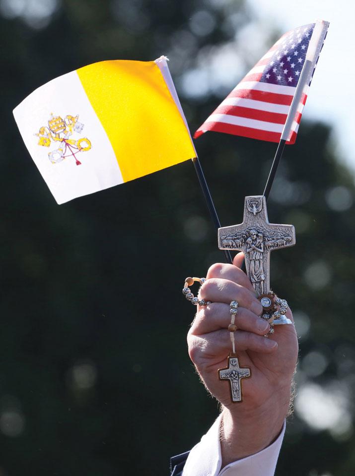 croce-bandiera-usa-vaticano-022A3947