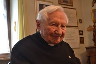 Georg Ratzinger at his home in Regensburg -Photo by Michael Hesemann