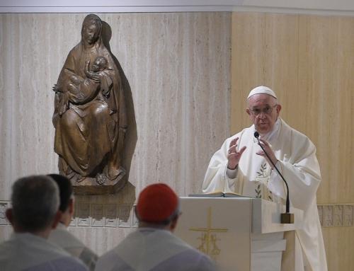 """Pope denounces """"slanderous communication"""" of dictatorships"""