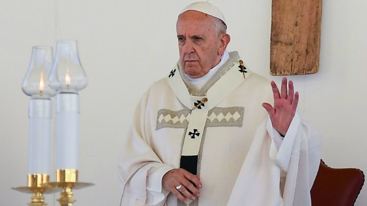Pope Francis celebrates Mass in Camerino, Italy  (AFP or licensors)