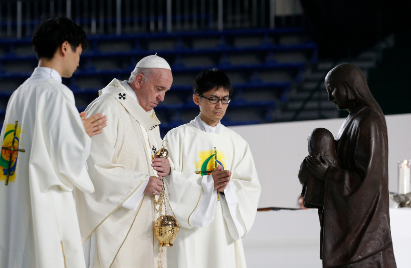 """Pope at Mass in Tokyo: Gospel of life urges us to be a """"field hospital"""""""