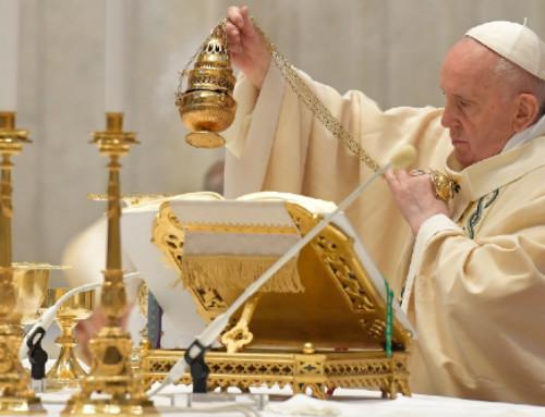 Pope Francis celebrates Mass on Easter Sunday