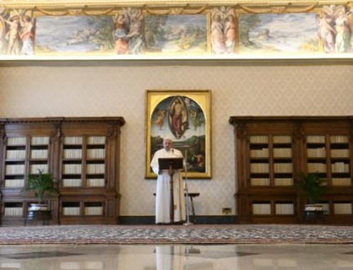 Pope at Regina Coeli: Encountering Christ means finding peace of heart
