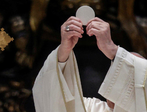 Pope Francis: May our Eucharistic celebrations transform the world
